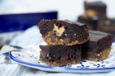 Erdnussbutter-Cookie-Brownie-Häppchen