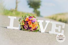 Hochzeit, Brautpaar, Braut, Bräutigam, Fotograf, Hochzeitsfotograf, Sundern, Sauerland, Arnsberg, Hachen, Sarah Kaiser, Sarah Kaiser Fotografie, Sarah Kaiser Sundern, Sarah Kaiser Hachen, LOVE, Liebe, Hochzeit, Hochzeitstag, Hochzeitsstrauß, Brautstrauß, Fotografin, Buchen, Buchung, Hochzeitsshooting, Hochzeitsfotos, Fotos, Fotografie