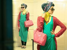 Hijabi sketches of mind: Colour Crash Hijab Styles, Scarf Styles, Fly Girls, Modern Hijab, Hijab Fashionista, Hijab Tutorial, Oriental Fashion, How To Wear Scarves, Hijabs