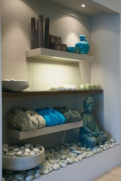 spa design with yoga theme mani pedi Massage Room Decor, Spa Room Decor, Massage Therapy Rooms, Massage Room Design, Yoga Room Design, Yoga Studio Design, Spa Interior, Interior Design, Meditation Rooms