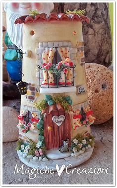 Silvia Solchaga's media content and analytics Fimo Clay, Polymer Clay Projects, Polymer Clay Art, Tile Crafts, Clay Crafts, Diy And Crafts, Clay Houses, Ceramic Houses, Clay Fairy House