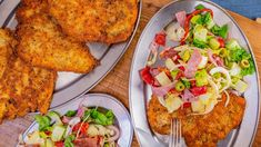Rachael's Chicken Milanese and Antipasti Salad~A heaping salad made up of crisp, crunchy and flavorful antipasti is served atop a breaded chicken cutlet. Best Chicken Recipes, Top Recipes, Dinner Recipes, Cooking Recipes, Dinner Ideas, Chicken Ideas, Meal Ideas, Healthy Recipes, Chicken
