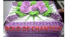 DECORAÇÃO DE BOLO COM FLORES EM CHANTILLY