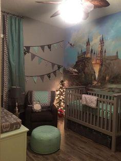 Nighttime corner // Harry Potter theme so in love it