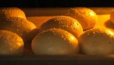 Cómo hacer un pan de banana rápido y fácil - VIX Sin Gluten, Gluten Free, Salty Foods, Party Dips, Pan Bread, Food And Drink, Low Carb, Peach, Cheese