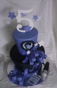 Justin Bieber birthday cake by mick6799, via Flickr