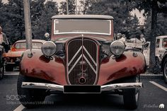 Citroën Traction by DaveGravier