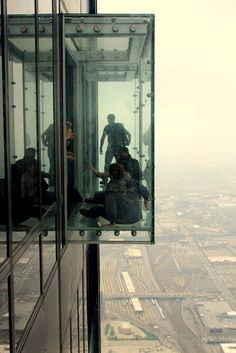 Arrows Sent Forth: Tips for Visiting SkyDeck Chicago with Kids