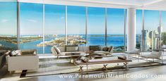 Paramount Miami Worldcenter is the luxury signature condo tower at Miami Worldcenter located in the epicenter of Downtown Miami.