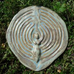 Lunar Goddess Finger Labyrinth Blue Green by GoldenLightCeramics