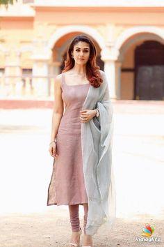 Pin by cinemakkaran on indian actress photos in 2019 indian Designer Kurtis, Indian Designer Suits, Designer Dresses, Churidar Designs, Kurta Designs Women, Indian Fashion Dresses, Dress Indian Style, Indian Fashion Salwar, Fashion Outfits