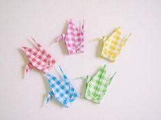 Etsy の Origami Cranes 100 Small Origami Paper Crane by KaoriCraft