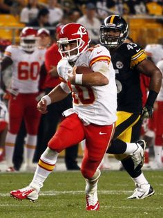 PITTSBURGH, PA - AUGUST 24: Chase Daniel #10 of the Kansas City Chiefs carries the ball against the Pittsburgh Steelers in overtime during the game on August 24, 2013 at Heinz Field in Pittsburgh, Pennsylvania.