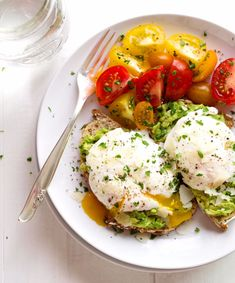 Simple Poached Egg and Avocado Toast with #DIY directions on making #PoachedEggs! // PinchOfYum.com- #Brunch