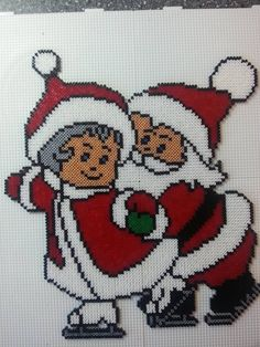 Santa and Mrs Claus skating - Christmas hama perler beads by Deco.Nat (pattern by daisydo) Pony Bead Patterns, Pearler Bead Patterns, Perler Patterns, Beading Patterns, Cross Stitch Patterns, Pixel Art Noel, Art Hama, Christmas Perler Beads, Motifs Perler