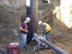 We offer special project services including pipeline sleeving, re-coating, hydro-excavation, marine repair and marsh work, lube oil system flushing and filtering and right-of-way maintenance and clearing.