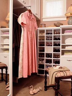 Cubbyholes for shoes and an extension valet, which provides handy pullout hanging space (via BHG) #closet #dressing_room #organization