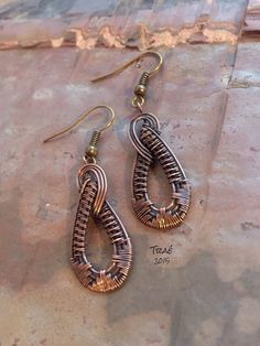 Teardrop Earrings. Copper Wire Weave Earrings by Traebetruedesign