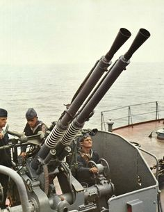anti-aircraft gun of the Albanian People's Navy. Albanian People, Warsaw Pact, Socialist Realism, Mechanical Art, Cold War, Military History, Armed Forces, Wwii, Aircraft