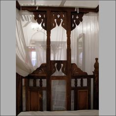 Traditional Zanzibar bed ... so very cool and hard to find.