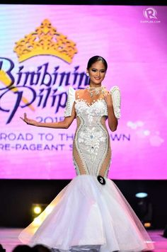 Philippines Dress, Philippines Fashion, Philippines Culture, Modern Filipiniana Gown, Pageant Gowns, Western Outfits, Fashion Sketches, Traditional Dresses, Formal Dresses