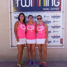 Desi Belda , Xenia Carrasco y Mariola Moreno desde #Madrid , muchas gracias chicas :) estáis geniales con la camiseta #noli #vamosallenarlotododecorazones #ilovepadel #padel #ilp