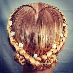 Heart Hairstyles to Inspire This Valentine's Day #valentinesday #hairstyles #hearthairstyles