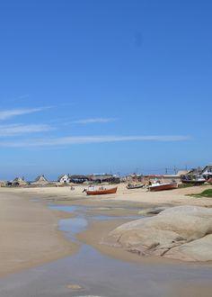 La playa de los pescadores. Punta del Diablo, Uruguay