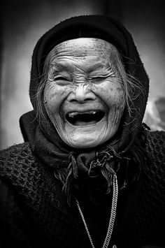 What a wonderful subject; I'm sure SHE has stories to tell.... Laughing Witch…