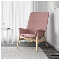 IKEA - VEDBO, High-back armchair, Gunnared light brown-pink, The timeless design of VEDBO makes it easy to place in various room settings and match with other furniture. Read about the terms in the guarantee brochure. Chair Bed, Diy Chair, Chair Cushions, Old Chairs, Dining Chairs, Folding Chairs, Ikea Dining, Chiavari Chairs, Desk Chairs