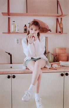 """my baby 🥺❤️"" Nayeon, South Korean Girls, Korean Girl Groups, Tzuyu Wallpaper, Chou Tzu Yu, Jihyo Twice, Tzuyu Twice, Pretty Asian, One In A Million"
