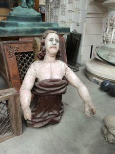 Antiek oud houten boegbeeld .... Te koop bij Medussa  Heist op den berg