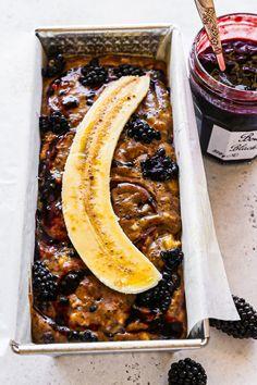 Banana Blackberry & Poppy Seed Bread - my lovely little lunch box Make Banana Bread, Banana Bread Recipes, Baking Recipes, Whole Food Recipes, Poppy Seed Bread, Golden Crust, Little Lunch, Delicious Breakfast Recipes