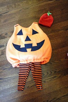 Wicked Craft Week: Handmade Kid's Pumpkin Costume with K from Cozy Cape Cottage - Delightfully Noted Toddler Pumpkin Costume, Pumpkin Halloween Costume, Halloween Pillows, Halloween Kids, Halloween Costumes, Halloween 2020, Diy Halloween Luminaries, Diy Halloween Home Decor, Costume Patterns