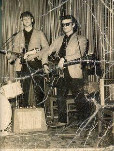 Paul McCartney and Stuart Sutcliffe. Great Bands, Cool Bands, Liverpool, Stuart Sutcliffe, The Beatles Live, The Quarrymen, Beatles Photos, Sir Paul, Recorder Music