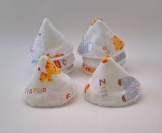 Lot de 8 cônes à pipi (pare pipi,tipi à pipi ...) : Puériculture par les-creations-de-julie72