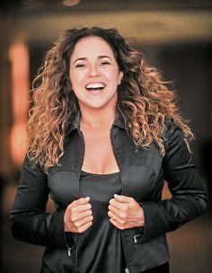 """""""Quase fui freira, mas optei por fazer sexo"""", diz Daniela Mercury - http://epoca.globo.com/colunas-e-blogs/bruno-astuto/noticia/2014/02/quase-fui-freira-mas-optei-por-fazer-sexo-diz-bdaniela-mercuryb.html (Foto: Marcia Tavares/Editora Globo)"""