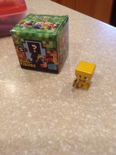 Minecraft mini figure Steve with gold armor!
