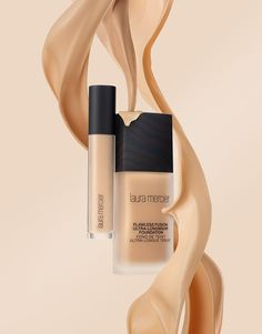 Laura Mercier Foundation Cosmetics Splash Texture | Magnus Cramer - Cosmetics and Texture Photographer