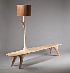 Designer coréen, Kwon Jae Min a créé cette série de meubles en bois incluant un banc, un porte-manteau, deux luminaires et une chaise.  Il traite le bois comme s'il était encore vivant et que des excroissances poussées, des branches qui se transformeraient en porte-manteau, en lampe. Il explique que l'objet est la métaphore du temps, il aborde la matière et l'objet comme des êtres vivants, des êtres qui évoluent. Il peut y avoir une hybridation dans les fonctions mélangées.