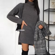 Obsessed with this outfit // Notre robe pull est également disponible en gris foncé, on adore Ref 6609 | www.outfitbook.fr