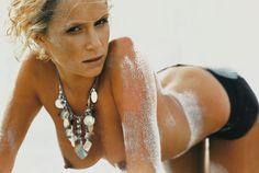 Monika Mrozowska - Playboy 10.2004 (3000×2014)