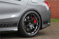 Als Reifen sind Continental Sportcontact 6 montiert
