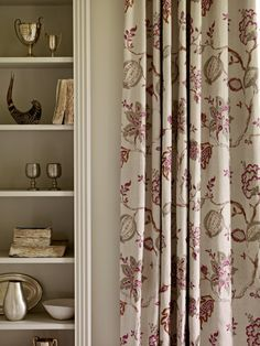 Within the Richmond Hill #beautiful print collection, modern engraving & digital printing techniques allow for a delicacy of tone, #texture and detail previously not possible. #Fabrics from Richmond Hill Prints & Emborideries, Sanderson, #Goodrich