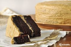 Νηστίσιμο κέικ με καραμελένια βουτυρόκρεμα (updated!) Sweet Recipes, Cake Recipes, Greek Desserts, Butter, Vegan Chocolate, Food Inspiration, Creme, Sweets, Cooking
