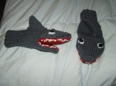 more awesome mittens (sharks! eating things with my hands!)