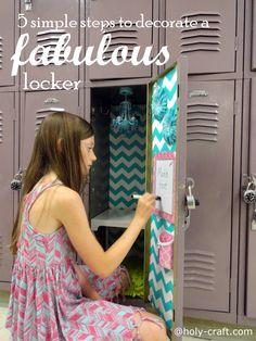 Holy Craft: 5 simple steps to decorating a fabulous locker with Locker Lookz #llzgirls Middle School Lockers, Back To School, Kids Locker, Locker Stuff, Cute Locker Ideas, Girls Locker Ideas, School Hacks, School Ideas, Diy School