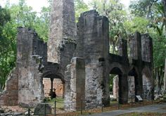 Bulow Plantation Ruins State Park in Ormond Beach, FL. The ruins of an 1821 southern plantation house and sugar mill are there for visitors to see. The plantation had crops of sugar cane, rice, cotton and indigo. Palm Coast Florida, Places In Florida, Old Florida, Florida Vacation, Florida Travel, Florida Beaches, Texas Vacations, Florida Adventures, Southern Plantations