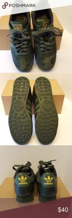 Adidas originals Samoa Men shoes Adidas originals Samoa Men in great condition. Adidas  Shoes Athletic Shoes