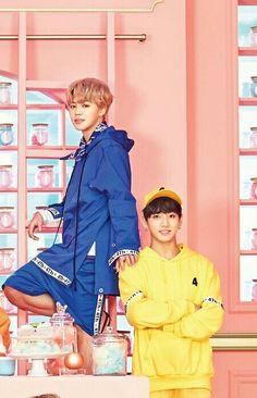how cute kookie and his hyung, chim chim K Pop, Taehyung, Namjoon, Jimin Jungkook, Bts Bangtan Boy, Park Jimim, Les Bts, Vkook, Bts And Exo